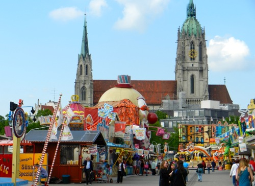 Fruehlingsfest in Munich
