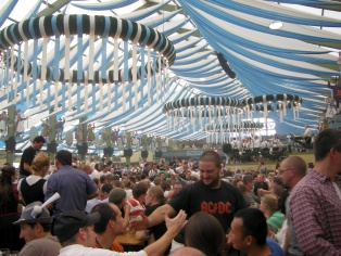 Ochsenbraterei Beer Tent