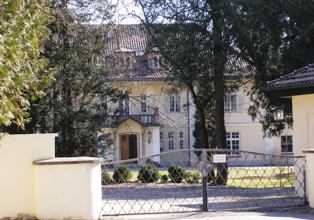 Elegant Villa at Starnberger See near Munich